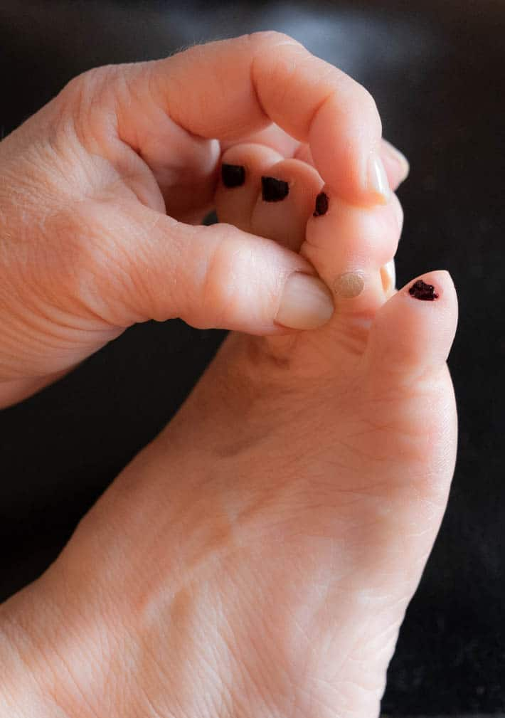 Wart on foot growing, Traducere